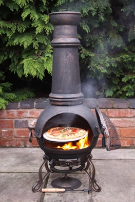 Cooking a Pizza on the Toledo Extra Large