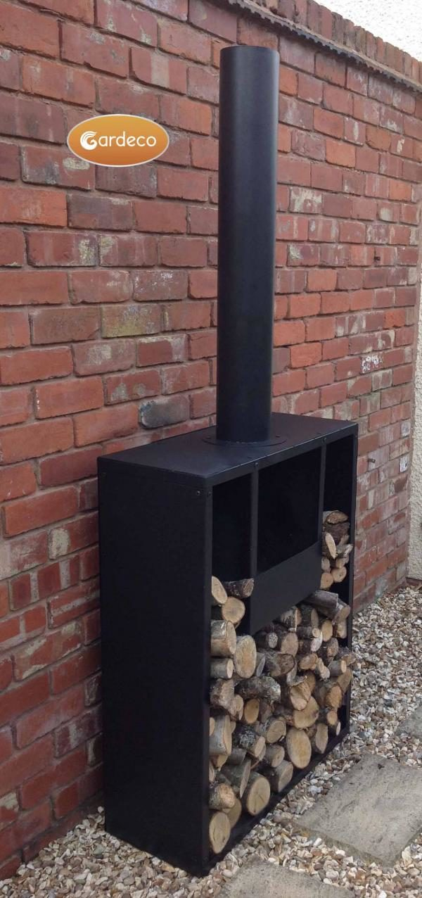 Eeron outdoor fireplace angled view